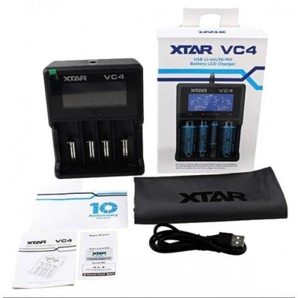 XTAR VC4 INTELLIGENT OPLADER MED USB-KABEL